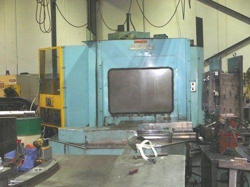 Centrum frezarskie poziome CNC CINCINNATI MILACRON T-20 1992