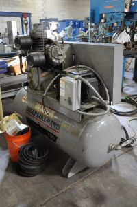 Piston Compressor INGERSOLL RAND 15 T