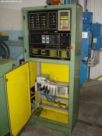 Plastics Injection Molding Machine Ponar-Żywiec FORMOPLAST 395/165 1993-Photo 3
