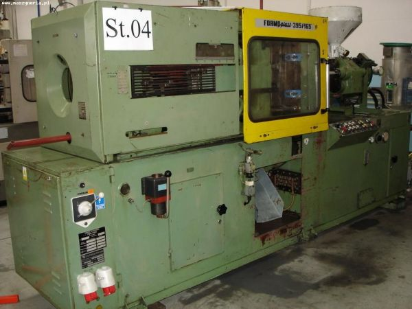 Plastics Injection Molding Machine Ponar-Żywiec FORMOPLAST 395/165 1993