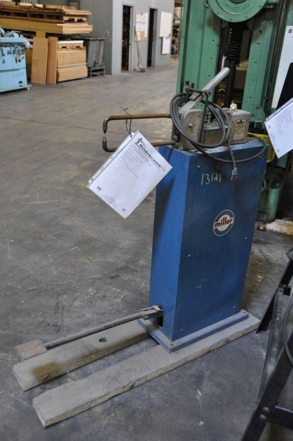 Spot Welding Machine MILLER 222 LECTRO-SPOT 1988