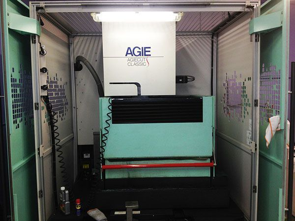 Wire Electrical Discharge Machine AGIECUT CLASSIC 2-S 2004