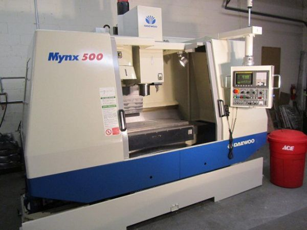 Vertikální obráběcí centrum CNC DAEWOO MYNX-500 2000