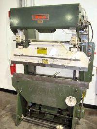 Mechanické ohraňovacie lis DIACRO 14-48-2