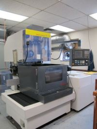 Wire Electrical Discharge Machine Fanuc ROBOCUT A-1 C 1998-Photo 2
