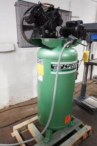Piston Compressor SPEEDAIRE 3 JR 76 1997-Photo 2