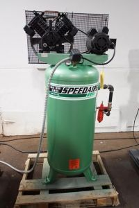 Piston Compressor SPEEDAIRE 3 JR 76