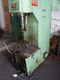 C Frame Hydraulic Press STANKOIMPORT П 6324