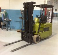 Front Forklift CLARK TM-15 1990-Photo 2