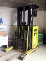 Side loading Forklift CLARK NP 300-40 T