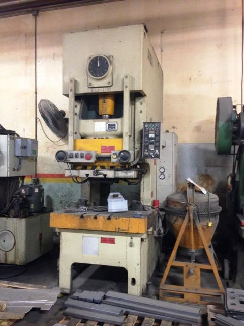 C Frame Hydraulic Press AIDA NCI 110 1992