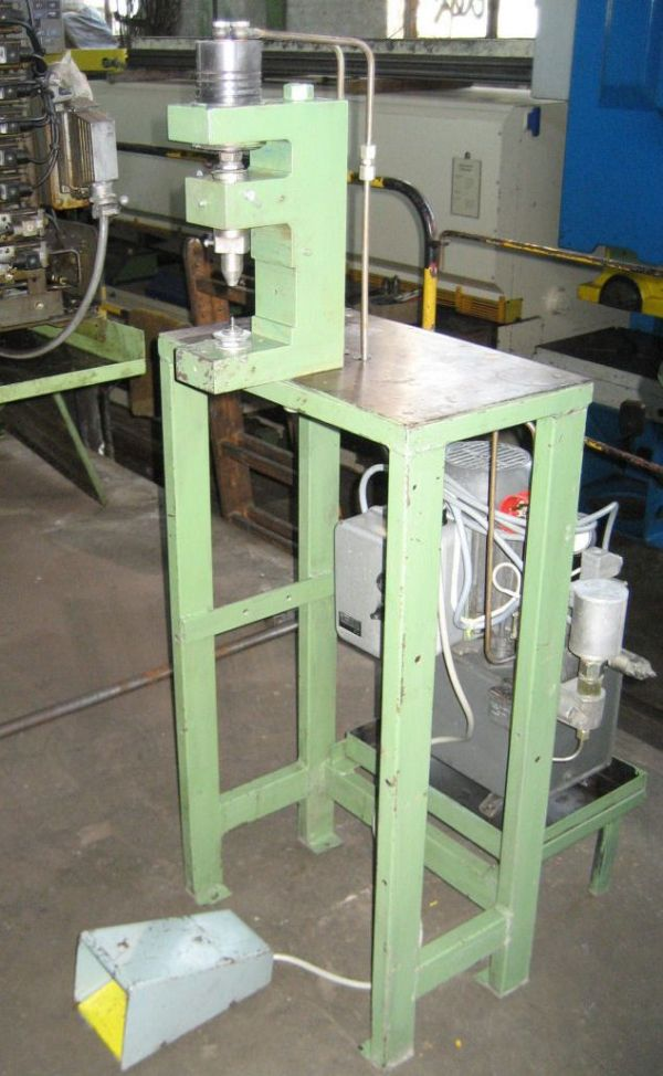 C Frame Hydraulic Press EIGENBAU 2 T 1990