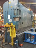 CNC Hydraulic Press Brake CINCINNATI 350 FMX 12 1985-Photo 3